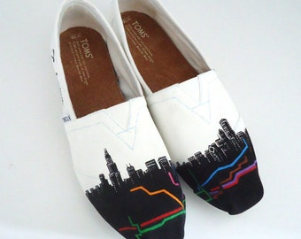 Chicago Toms. Custom Painted Chigago Themed Toms. Hand painted Toms Shoes.