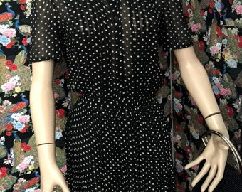Sunday dressing - 70s does 40s black and white pleated dress