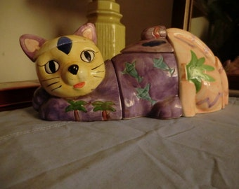 Ceramic Patchwork Kitty holds Keepsakes