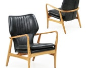 Pair of Danish Mid-Century Style Leather and Sculpted Teak Lounge Chairs Arm Chairs, Vintage Style, 601PSV18Q