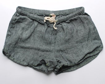 Linen Shorts > Denim Solid