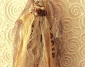 Tassels/Wedding Decor/Shabby Scraps Tassels/Wedding Favors/Gift Package Decor/Paris Shabby Chic Tassels?