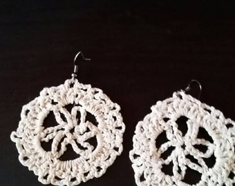 Upcycled Vintage Doily Earrings Cream