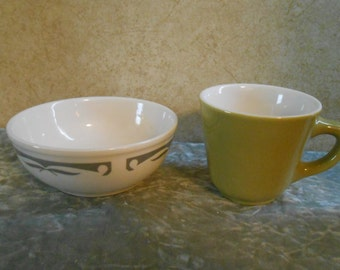 1940's Homer Laughlin Coffee Cup & Chili Bowl