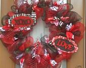 Valentines XOXO Love deco mesh wreath