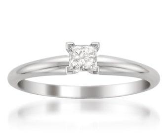 Platinum Princess-cut Diamond Solitaire Engagement Ring (1/2 cttw, H-I, I1-I2)
