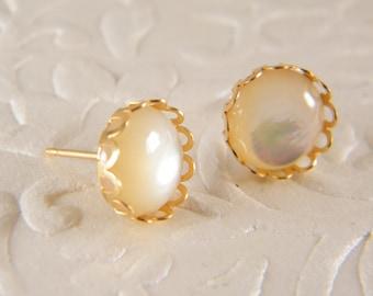 Shell gold earrings, Stud earrings, Bride earrings, 14 k gold filled earrings, Post earrings, Wedding jewelry, Gift for her, Beach earrings