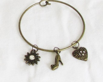 Bracelet, bangle, charms, 3 charms, bronze, circle with hook, C, jewelry
