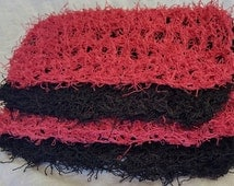Four Scrubby dishcloths. Made by Bead Gs on etsy.