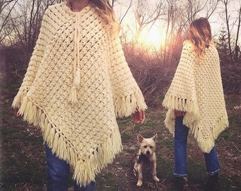 SUMMER SALE Vintage 1970's Crochet Wool Fringe Poncho Cape || One Size Fits All