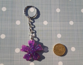Keychain with Pentafoglio purple and glitter