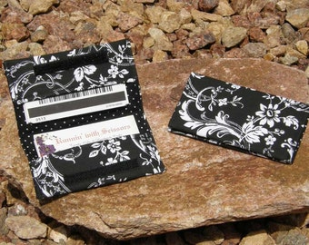 Black and White Floral Business Cardholder/Mini-Wallet