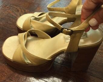Vintage Wood Platform High Heels Shoes Biege- Women Platform Chunky Heel shoes --Vintage Platform Shoes