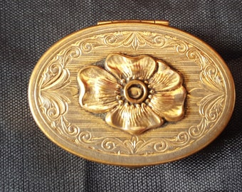 Vintage Gold Plate Hinged Pill or Cosmetic Box