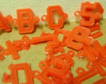 Vintage rare plastic link letters red toy numbers connect piece part play set 1960's toy mini premium