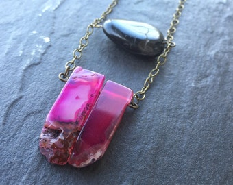 Agate Necklace -  Healing Crystal Necklace - Pink Agate Necklace - Pink and Black Necklace - Gemstone Necklace - Long Necklace