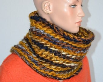 CrochetEast End Snood/ Winter Fashion cowl/ Crochet Cowl Scarf/ Snood Scarf/ East End Cowl Scarf