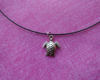 Seaturtle black wire choker