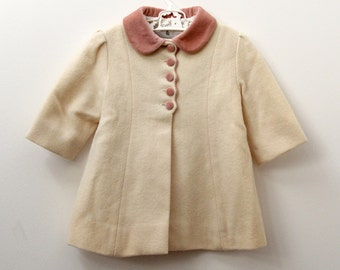 Vintage tailored girls winter coat in cream wool with contrast collar and buttons, age 1-2 years approx