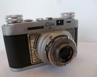 Vintage Ciro Graflex Century 35mm Camera