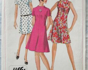 Vintage Sewing Pattern Simplicity 7161 Womens Dress 1967 Uncut
