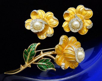 Crown Trifari Enamel Yellow Rose Brooch Earrings Set Rhinestones Faux Pearl