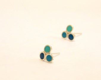 Triangle stud earrings -  Sterling Silver Ear Studs -  Blue, Turquoise, Aquamarine  -  Triangle earrings -  Spring - Summer  - dot