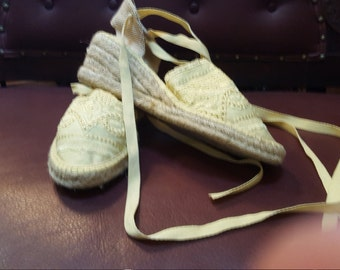 Womens Yellow Lace Shoes 8.5