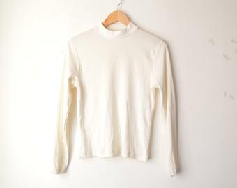 long sleeves mock neck white  minimal top 90s // S