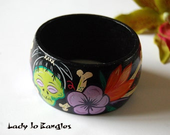 Voodoo Shrunken head hand painted bangle, Tiki, Tropical, Psychobilly