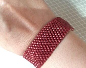 Cranberry beaded bracelet, stretch bracelet