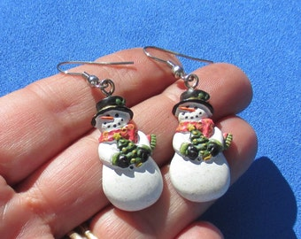 Retro Snowman Dangling Pierced Earrings