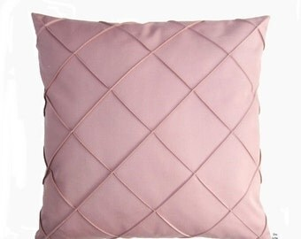ON SALE Cushion pink