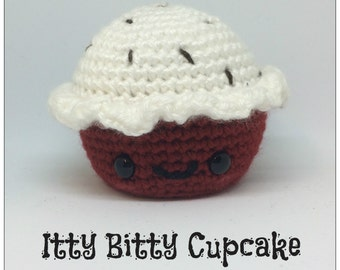 Itty Bitty Amigurumi Cupcake