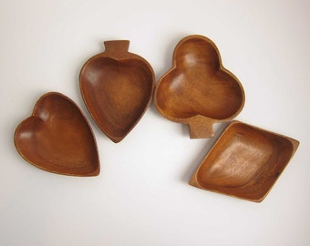 Vintage Wood Card Suit Snack Dish Bowls - Set of 4 - Club Spade Diamond Heart - Rummy Poker Card Party Trays