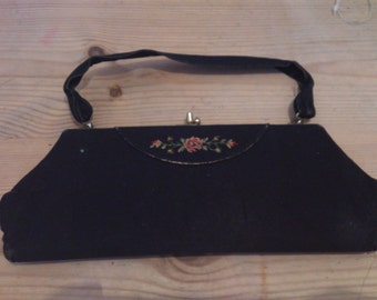 Vintage black 1920s purse/evening bag