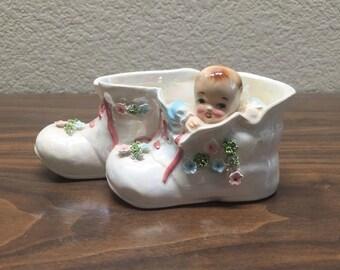 Vintage Lefton Baby Planter/Vase, Vintage Baby in Shoe Planter, Vintage Baby Vase, Vintage Nursery Vase