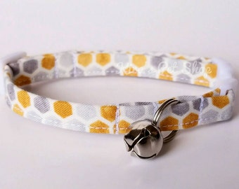 Honeycomb Cat Collar, Breakaway Cat Collar, Designer Cat Collar, Cute Modern Cat Accessories, Pet Accessories, Adjustable Fabric Pet Collar