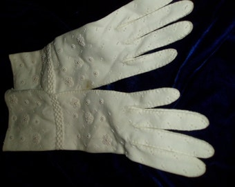 50s 60s Long White Beaded Dress Gloves Vintage Accessory