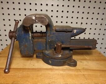 Vintage 3 1/2 Inch Vise with 3 Hole Mounting Swivel Base,