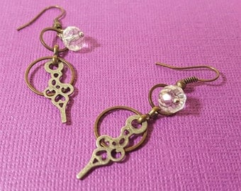 Calliope's Dangly Delights : Steampunk Earrings with a delicate nature