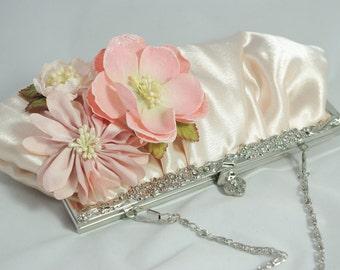 Blush Pink Floral Wedding Clutch, Blush Bridal Clutch, Bouquet Clutch, Pink Valentine's Day Clutch, Blush Bridesmaid Clutch, Flower Handbag