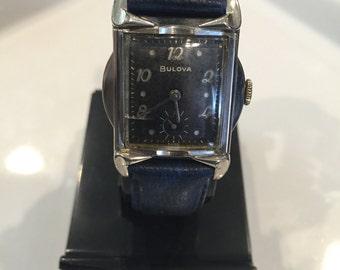 1950's Men's Bulova watch In good working condition