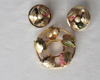 Vintage Signed Sarah Coventry Brooch Pin and Earrings