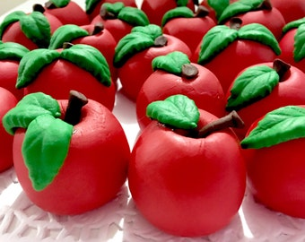 Apples for your cake topper. Can change color.