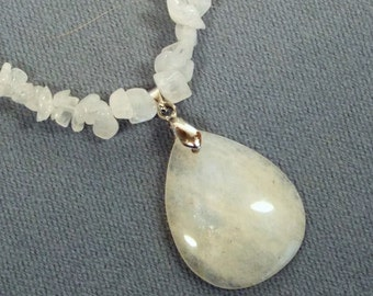 """Cynthia Lynn """"MOONSTRUCK"""" Silver Plated Moonstone Beaded Pendant Necklace 16-20 inches"""