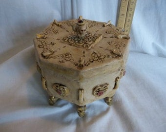 SALE***Creepy Victorian Casket Jewelry Box Mummified Vampire Heart Oddity Sideshow Gaff
