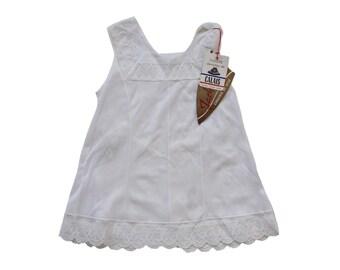 VINTAGE 60's / enfant / fond de robe / lingerie / polyamide blanc + dentelle de Calais / stock ancien neuf /  taille 2 ans