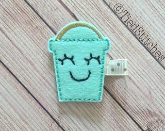 Beach hair clip - Summer hair clip - Sand pail hair clip - beach bucket hair clip - Feltie hair clip - Felt hair clip