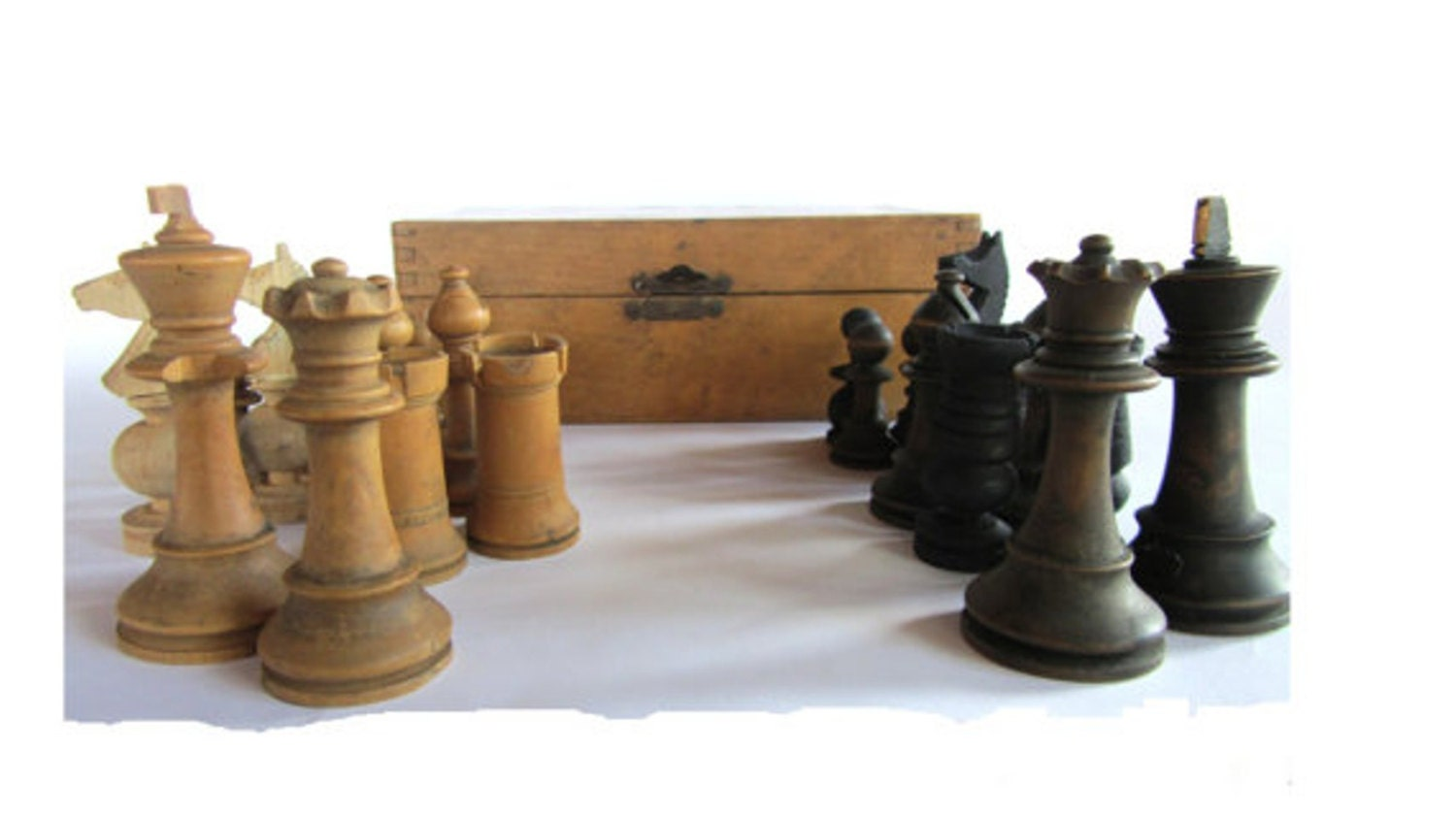 Chess set chess pieces wooden chess set wood chess set - Wooden chess tables ...